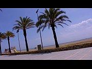 Lara Tinelli y Jordanne Kali follando en la playa