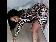 Femme nue poilue annonce fetichiste