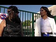 Sophie, mature masqu&eacute_e pour baise &agrave_ la cha&icirc_ne [Full Video