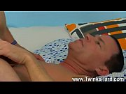 Äldre kvinna söker yngre man sunny spa massage
