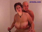 Femme poilue se masturbe fille mature