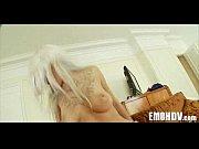 Massage erotique entre filles une femme coquine