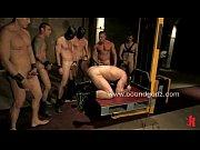 Sexe vielle salope belle scene de sexe
