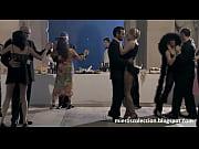 anna jimskaia chupando verga en escena de monamour.