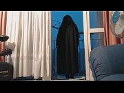 exhibe en niqab et collant
