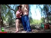 Une vieille à grosse culotte vedette dune video porno