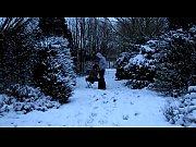 cedille ou la pipe des neiges entre chiens.