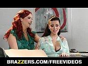 пьяные девушки раздеваются перед веб-камерой