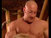 Gepiercte kitzler porno blowjob