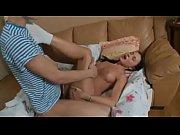 Erotische geschichten strumpfhosen mutter erwischt tochter beim sex