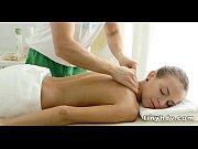 Svensk mjukporr tip thai massage