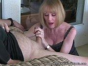 порно видео мать дрочит с сыном