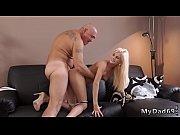 Nackt und bekleidet erotische story