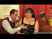 Fat mature loves cock