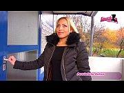 Deutsche Amateur Pornodarstellerin besucht Drehpartner zuhause und macht 1.Porno