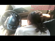 Bokep Indonesia   Nyepong di Mobil's Thumb