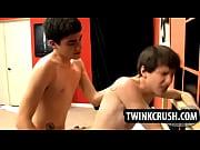 Teen twink gives blowjob before getting fucked bareback Thumbnail