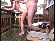 Gros cul levrette elle baise devant son copain