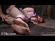 Slavemaster is torturing babe'_s vagina