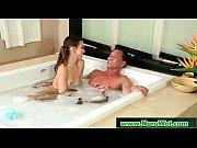 Charlie hebdo 343 salopes lesbienne mature nue