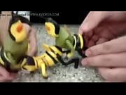 abelha barry sendo fodido por 2 Thumbnail