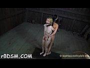 Fille se fait bifler baise baiser une femme obese