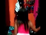 Novinha dan&ccedil_ando funk