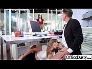 Homme et femme nu dans les toilette massage creep à domicile xxx
