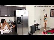 видео порно парень с девушкой занимаются любовью стоя