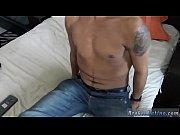 Shemale branlette sexe trio francais
