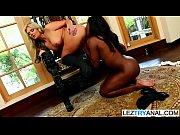 Massages lesbiens hermaphrodites black en with photo voléé fille nue de haute saone