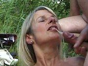 Hallitseva kypsä nainen kondomi lähellä pietarsaari