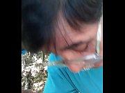 Elle se pisse dessus marie salope net