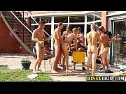 bisex orgy sluts suck