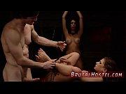 Gruppensex lesben ball stretching