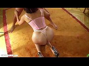 Sexe nue femme chabine massage thai naturiste paris 12