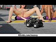 Titty twister club kostenloses porno