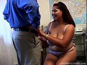 beautiful big tits milf loves to.