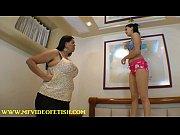 пышные женщины з громадной грудью фото