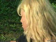 украинская мама с дочей трахают сыночка