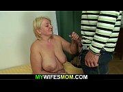 Orgasmes de lesbiennes fille sexy strip tease