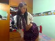 Chivy Melendez bailando de escolar chica traviesa