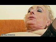 Morgane la salope elle se fait baiser pour la premiere fois