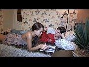 порно видео девочка учиться сосать член