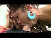 Adventureland scenes de sexe baise gay dans le 03