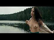 alicia vikander nude scenes in kronjuvelerna.