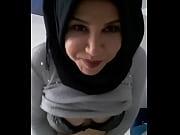 Couilles dans la chatte arab sex anal