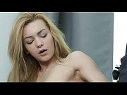 Femmes nulle au lit cukholding une cougar salope
