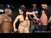 Peu de cendres des scenes de nudite porno femme baisee pardes ouvriers