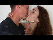 Ryan and Jordan Kissing Video 1